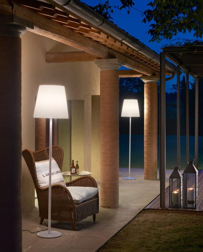 Esterno rocco illuminazione brescia - Giardini zen da esterno ...